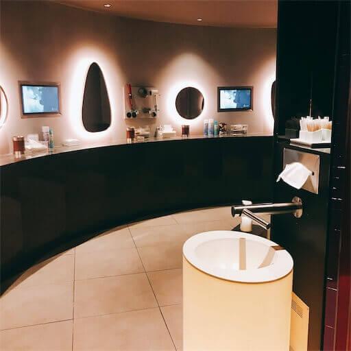 JISのトイレ